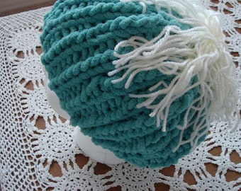 Hand Knit Hat, Aqua Blue with interesting Rib Pattern, bulky acrylic yarn.  Unstructured removable Pompom. Women, Teens, Girls