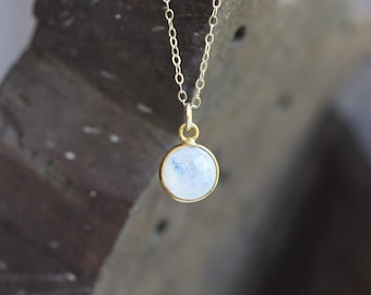 Moonstone Necklace Gold, Moonstone Dot Necklace, Small Moonstone Necklace, Round Moonstone Necklace, Moonstone Necklace, Gold Charm Necklace