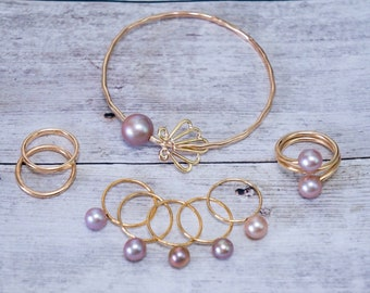 Glinda Pearl with Sunrise Shell Charm
