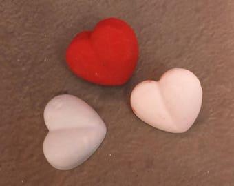 Furniture button heart