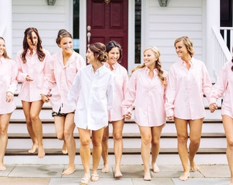 Bridesmaids Gifts Oversized Mens Shirts, Monogrammed Oversized Shirts, Monogrammed Bridal Party Shirts, Button down mens shirts