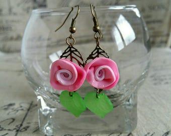 Bronze flowers earrings pink