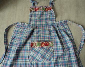 French vintage child's cotton hand made apron (03695)
