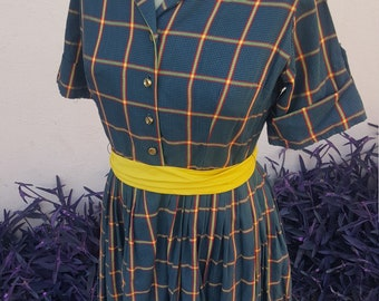 Repro 1950s Plaid Shirtwaist Day Dress, Modern size 6-8