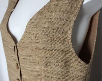 VTG Raw Silk crop top cowrie sea shell sleeveless blouse boho natural beige slubby silk coconut shell buttons lined resort wear  M / L