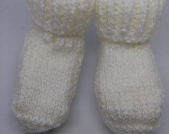 White wool baby booties size 3-6 months