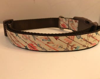 Pale Yellow Arrows on Brown Nylon 1 inch Dog Collar