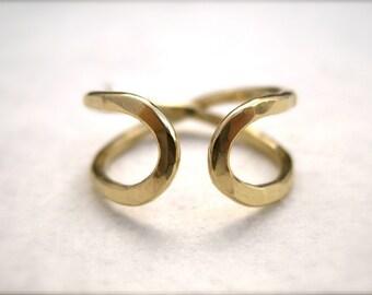 Infinity Ring (Narrow) -  Solid 14k Yellow Gold Wedding Band