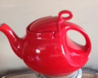 Hall Vintage Red Teapot
