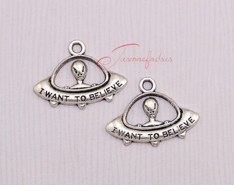 25PCS--31x23mm ,UFO Charms, Antique Tibetan Silver Tone Alien charm pendants, DIY supplies,Jewelry Making