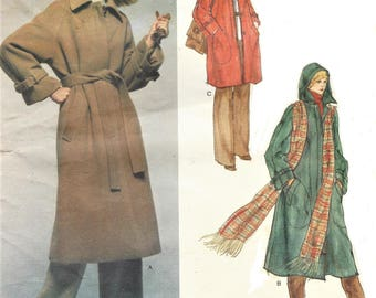 1970s Christian Dior Womens Coat Lined, Concealed Closing Classic Style Vogue Sewing Pattern 1559 Size 12 Bust 34 FF Vogue Paris Original
