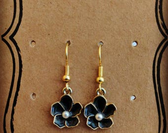 Black Flower with Pearl Hypoallergenic Gold Plated Earrings