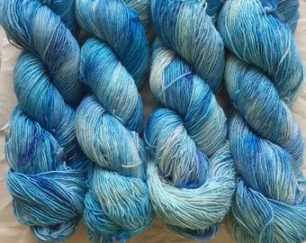 merino single - OOAK - blue/turquoise speckles