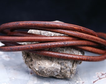 Distressed Chocolate Brown 5mm Round Leather Cord, 2+ feet straps / Organic Leather, Round Leather, Leather Jewelry, Thick Leather Cording