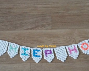 Crochet pattern: corner to corner bunting and coasters in Dutch and English