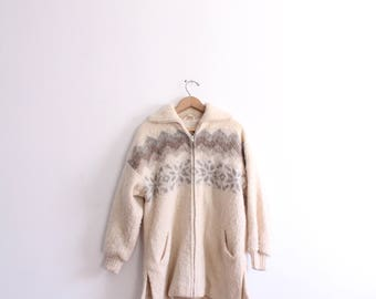Cozy Snowflake 70s Sweater Jacket