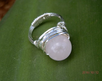 Sterling silver and Rose Quartz -the love stone- bead ring size US 6 1/2 AUS N