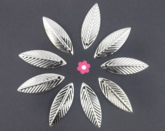 x 20 feather (117D) 21x7mm silver leaf charm