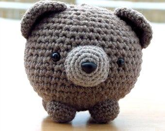 Leon the bear, crocheted bear, softie, amigurumis