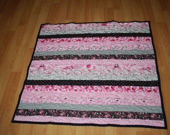 Paris print baby quilt in pink/grey/black