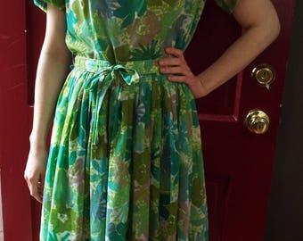Vintage Short Sleeve Floral Print Dress by Pometta Fashion