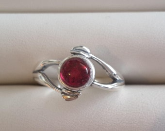 Ruby silver leaves ring