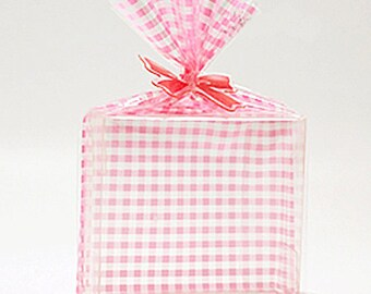 20 Pink Check Cellophane Bags (5.1 x 7.5in)