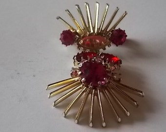 Vintage Red Glass Drop Brooch STUNNING
