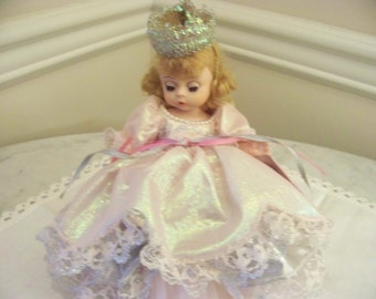 Glinda the good witch from Wizard of Oz 1992