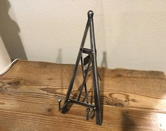"""11"""" Metal Industrial Pyramid Tabletop Easel"""