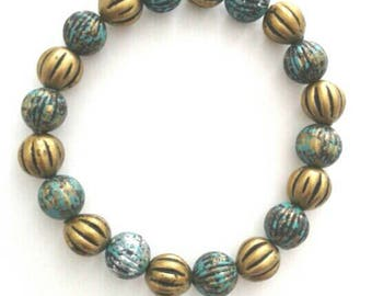 Beautiful Speckled Blue and Gold Bracelet