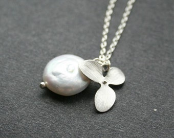 Orchid Necklace, Coin Pearl Necklace, White Freshwater Pearl Neckalce, Silver Orchid, Sterling Silver, Wedding Jewelry, Bridesmaids Gifts