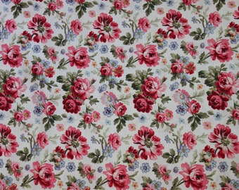 Cream Floral Toss  Penelope   LH11041CRM Lakehouse Dry Goods French Fabric