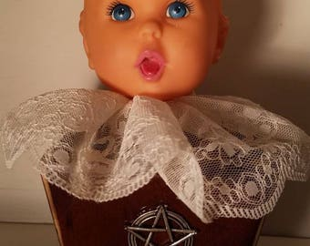 Lacy Doll Shelf Decor / Macabre / Zombie / Haunted House / Halloween / Voodoo / Cult / Horror / Witch/ Pentagram /  Creepy Craft