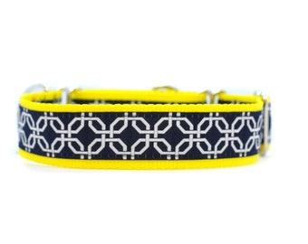 Wide 1 1/2 inch Adjustable Buckle or Martingale Dog Collar in Nautical Summer