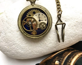 Steampunk dummy watch, time traveller pocket watch, unusual timepiece, watch parts in resin, diesel punk accessory, unusual jewelry idea,