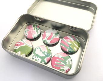 Abstract Pink and Green Magnet Set