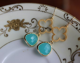 Mint Aqua Blue Earrings Gold Clover Quatrefoil Blue Earrings - Bridesmaid Earrings - Wedding Earrings - Bridal Earrings