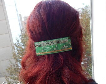 """OOAK 100% Recycled/Upcycled """"01L23-1B"""" hair clip in green and gold tone - CYCLE 2.0 collection - Tech/Industrial style"""