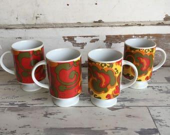 Vintage Pedestal Mugs Porcelain Made in Japan - Retro Paisly SET