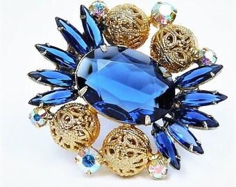 Juliana Rhinestone Brooch / Verified D & E / DeLizza Elster / Sapphire Glass / Brass Filigree Bead