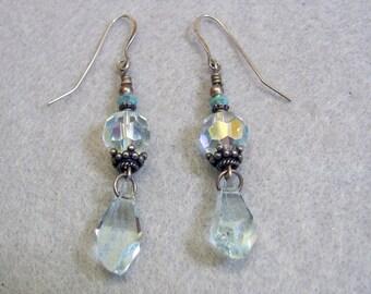 Lovely Vintage Faceted Crystal Drop Pierced Earrings