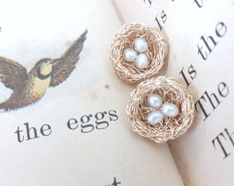 Bird Nest Stud Earrings, Gold, 3 Pearl Eggs