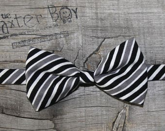 Ready-to-ship --- Size SMALL Black, White & Grey diagonal stripe little boy bow tie, pre-tied - photo prop, wedding, ring bearer