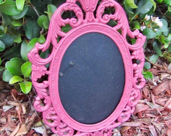 Small ornate metal picture frame / desk frame / pink picture frame