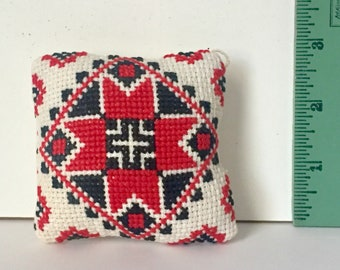 Mini Ukainian Pillow
