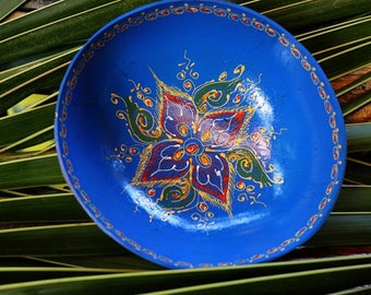 Coconut bowl Hand Painted Hand Painted Classic Oriental Decorative Bowl Multipurpose Handmade Coconut Shell Handcraft Bowl (PC 29)