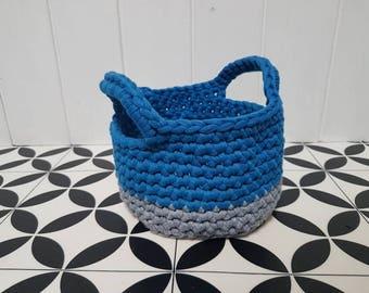 T shirt yarn storage basket