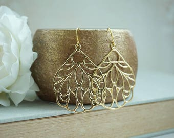 Big Gold Dangle Earrings Large Gold Filigree Earrings Boho Wedding Large Moroccan Earrings Bridesmaid Gift Lightweight Earrings Feather