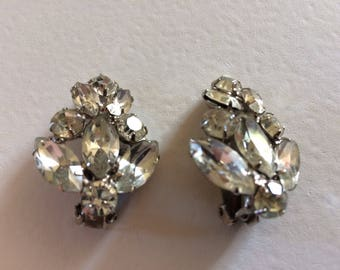 Lovely Large Clear Rhinestone Clip On Earrings